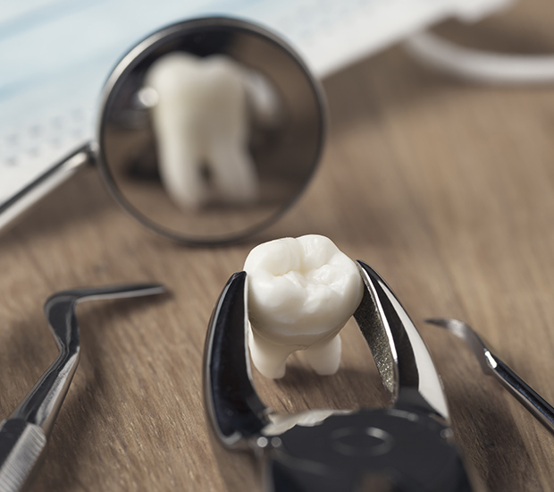 Henderson When Is a Tooth Extraction Necessary